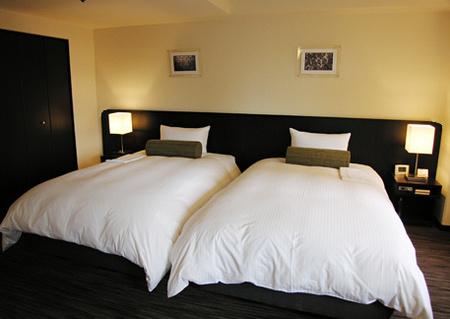 bed1214.jpg
